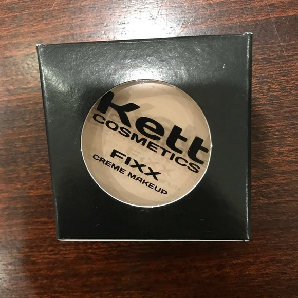 Kett Cosmetics Other - NWT KETT COSMETICS FIXX CREME MAKEUP - Neutral